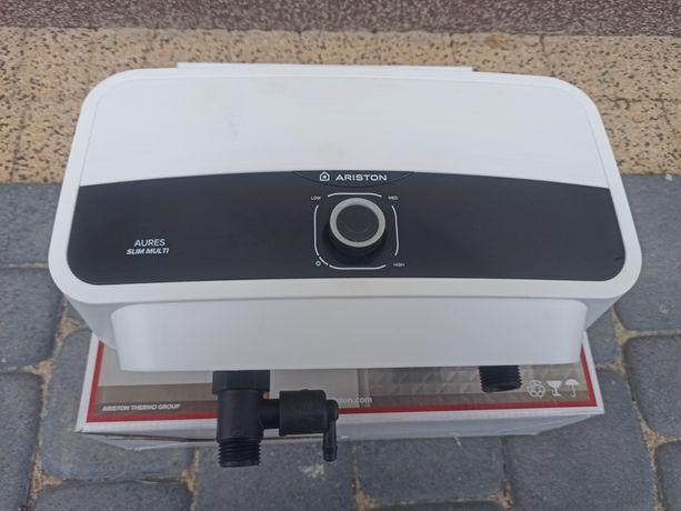 Podgrzewacz wody Ariston Aures Slim Multi 7 kW