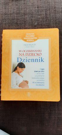 W oczekiwaniu na dziecko,  Książka dla kobiet w ciąży .