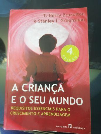 """Livro """"A criança e o seu Mundo"""""""