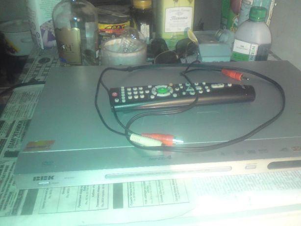 двд с USB . BBK DV42651