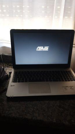 Computador ASUS, 8 vezes usado