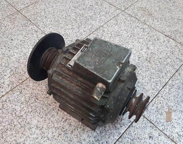 Motor elétrico EFACEC - Trifásico