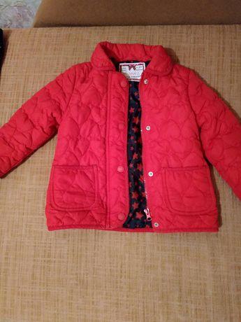 Красивая курточка для девочки 3-4 года