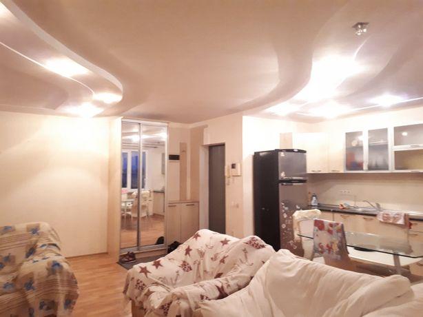 Сдам 2 спальни и кухня-студия на Королёва/ Левитана. 3-к квартира