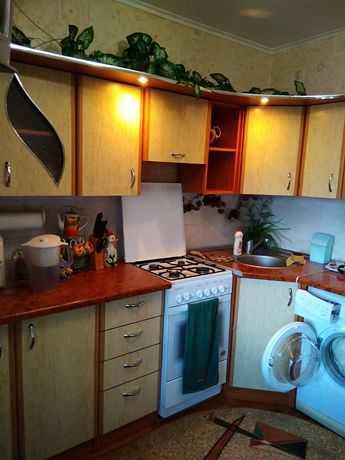Продам двухкомнатную квартиру в 3-м гордке