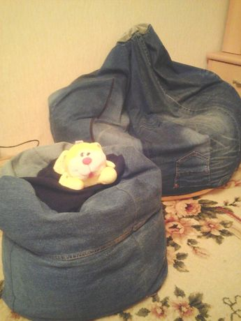 Кресло-груша и пуф джинс