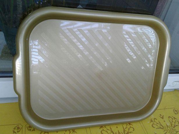Поднос, разнос пластмассовый