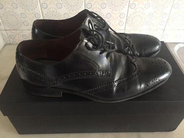 Sapatos pretos clássicos marca PROF
