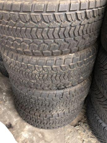 Шины зимние 265/50/20 Dunlop SJ5