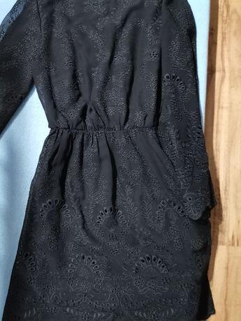 Piękna haftowana sukienka Mohito rozmiar 40 czarna