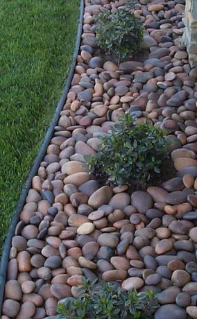 Декорирование газона камнем !!!