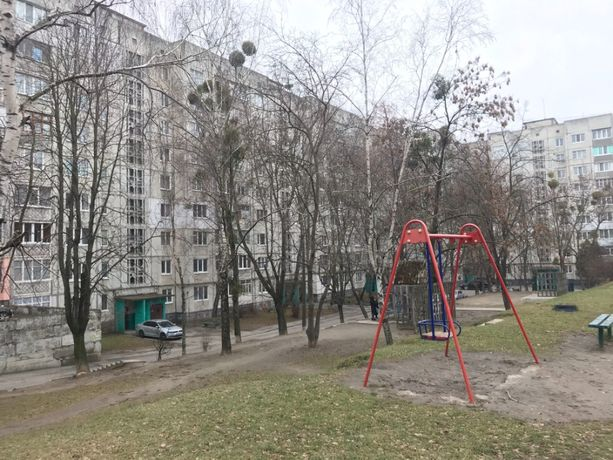 Продам 3-х комн. квартиру, ул. Леваневского, 26 (3-й микрорайон)