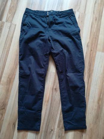 Spodnie cygaretki L