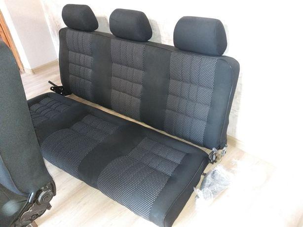 Сидіння для мікроавтобуса