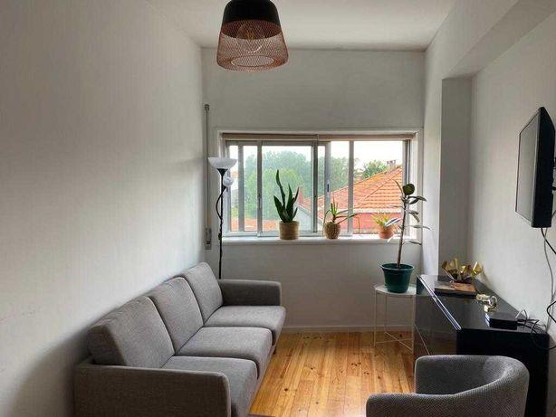 Apartamento T3 na Rua da Constituição, Porto, Bonfim - 633 euros