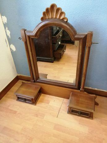 Penteadeira ou espelho de toilette / quarto