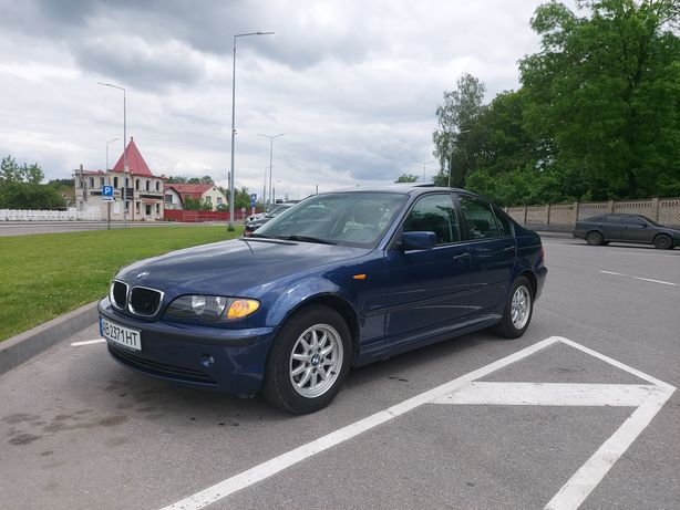 BMW 318 2004р. 2.0 БЕНЗИН