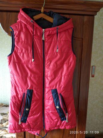Куртка жилетка, размер М