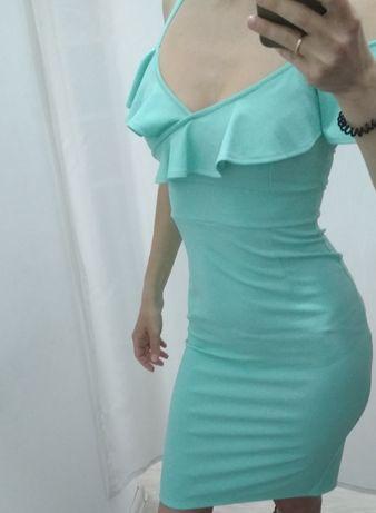 Нарядне плаття (платье) larionoff розмір 42 (XS - S)