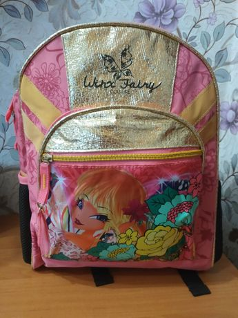 Безумно красивый рюкзак для школы,прогулок.