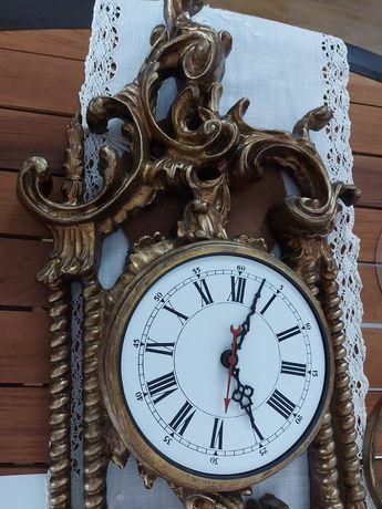 Relógio Antigo em Talha Vazada