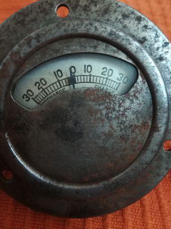 Manómetro de  bateria A. C made in usa vintage