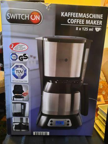 Продам кофеварку 1200 р.