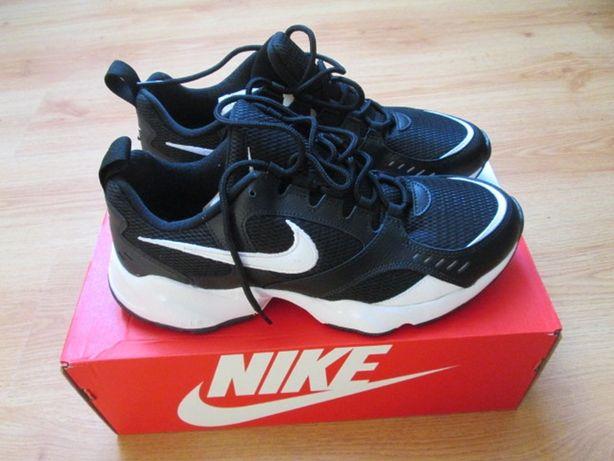 Buty sportowe młodzieżowe NIKE 43 wkładka 29cm