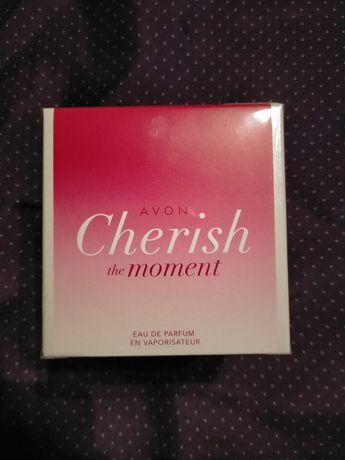 Жіноча парфумна вода парфуми Avon cherish the moment женские духи