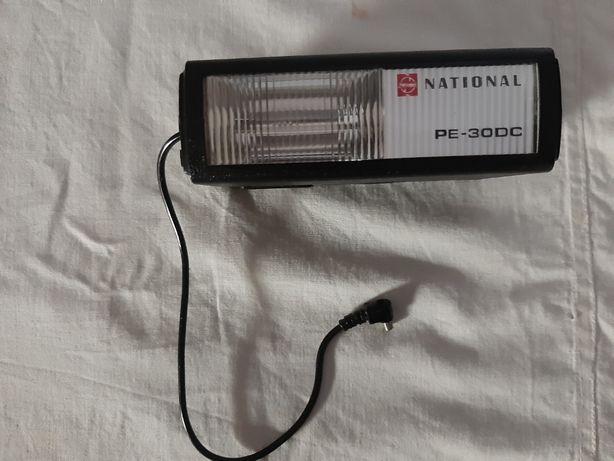 Flash unit maquina fotografica National Electronic PE-30 DC