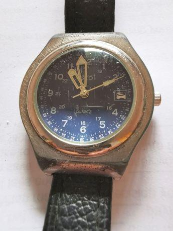 Męski zegarek ASCOT z niebieską tarczą, świecącymi wskazówkami