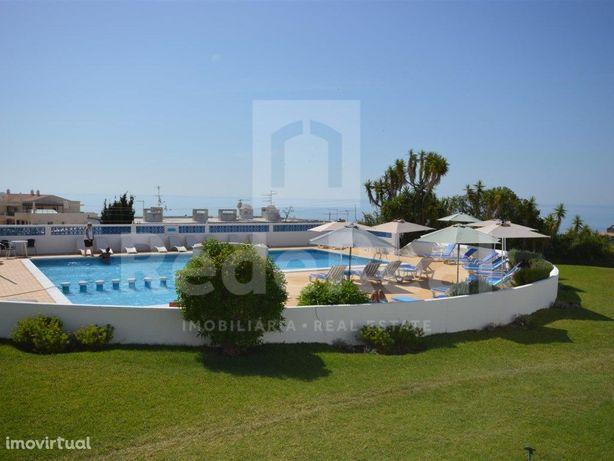 Fantástico apartamento T3 com piscina vista mar e marina ...