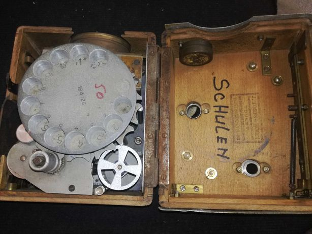 kolekcjonerski zegar do lotów gołębi