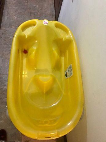 banho de bebê 12€, suporte de metal 10€