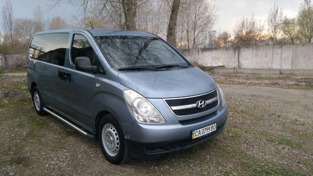 Автомобіль Hyundai H-1