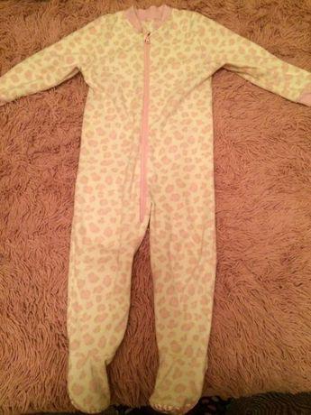 George флисовая пижама 98-104 см.