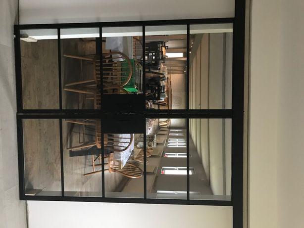 drzwi szklane dwuskrzydłowe przesuwane