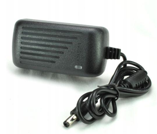 Zasilacz adapter do kamer dc 12v 2A/AC 100-240V