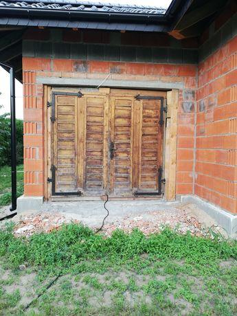 Sprzedam drzwi garażowe na budowę