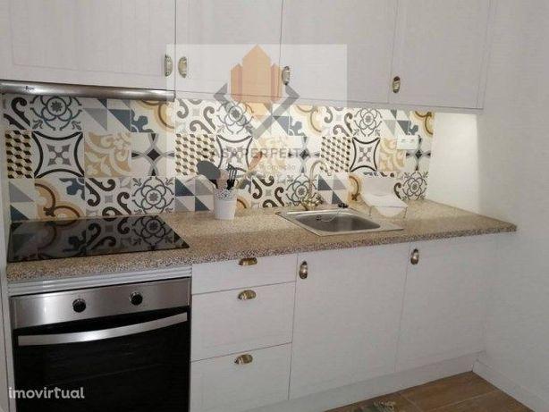 Apartamento/Casinha totalmente reabilitada-Centro Gaia (Mafamude)