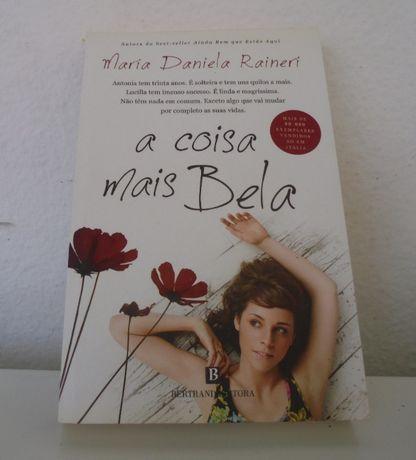 """Livro """"A Coisa Mais Bela"""""""