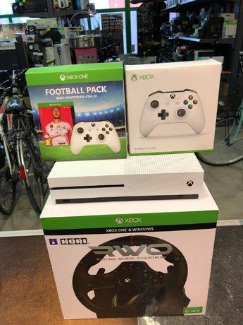 Xbox one s 1T + 2 pady + kierownica