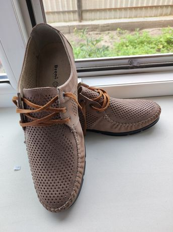 Туфлі літні шкіряні