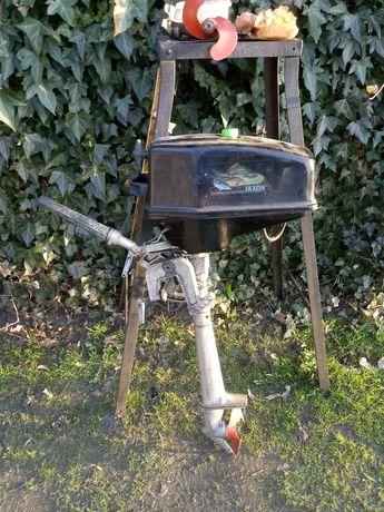 Silnik spalinowy salut 3