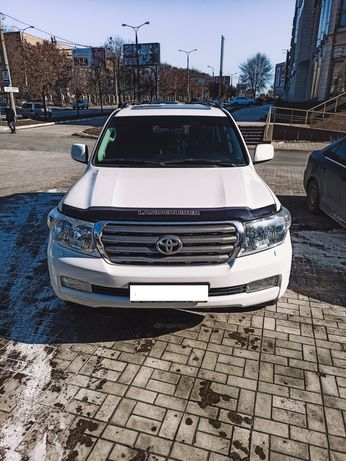 Продам Toyota Land Cruiser 200