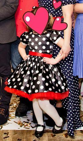 Красивое платье на девочку в ретро стиле