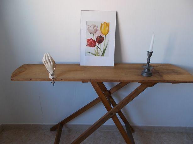 Tábua engomar madeira antiga vintage expositor consola decoração