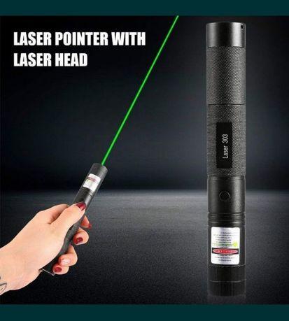 Лазерная указка мощный лазер зелёный 303