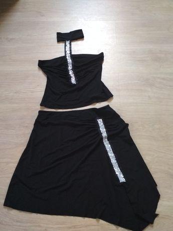 Komplet spodnica i bluzka z metalicznym zrobieniem i chokerem