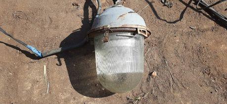 Лампа с плафоном уличная СССР
